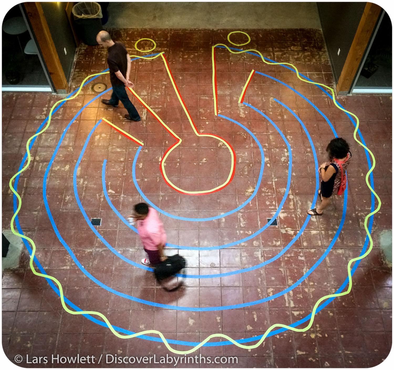 Multicolor Labyrinth