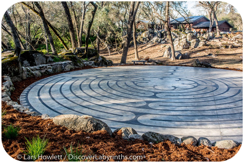 Private Labyrinth