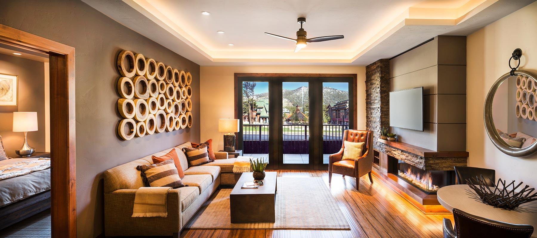 Living room 221.jpg