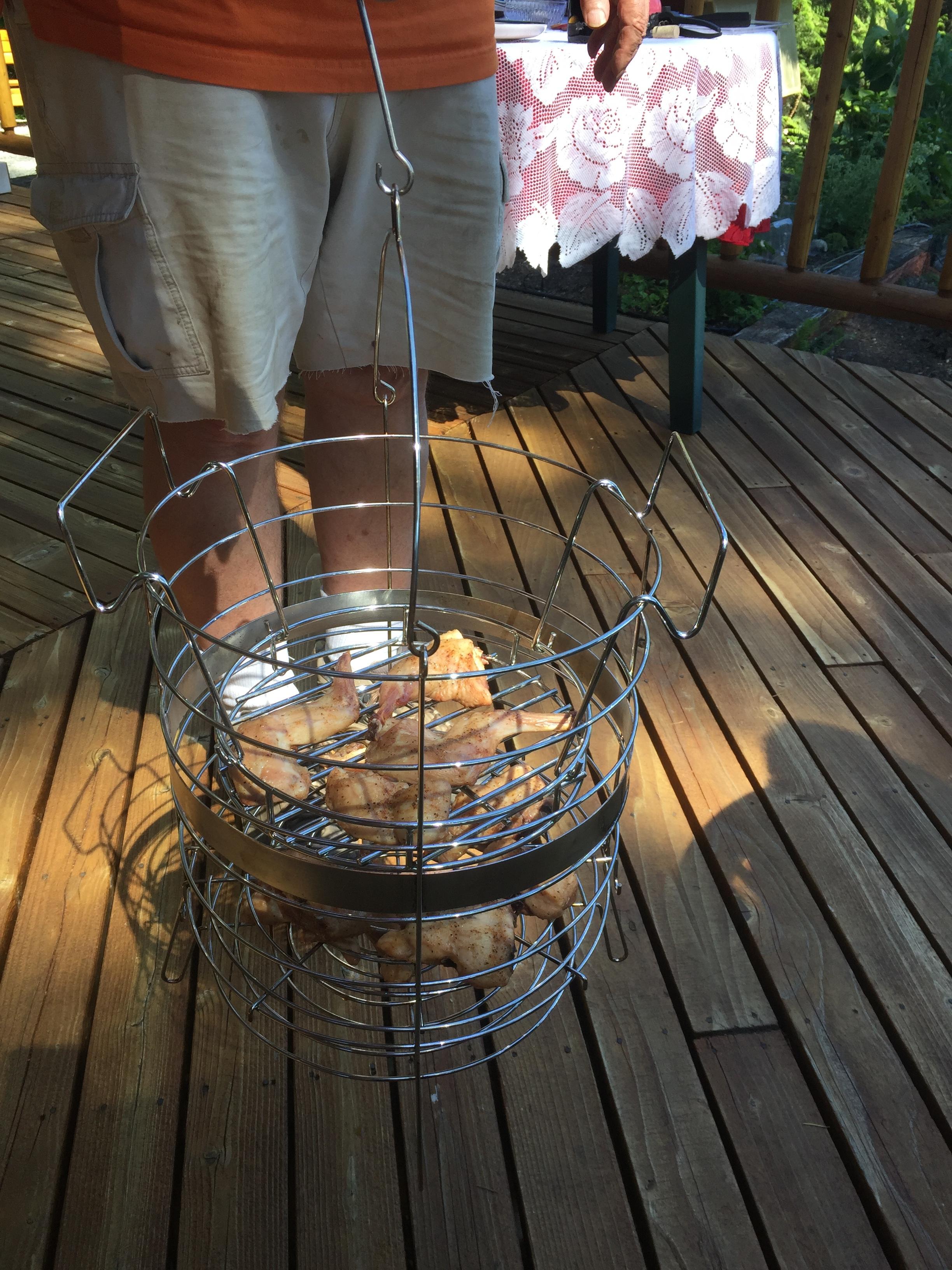 smoking basket.JPG