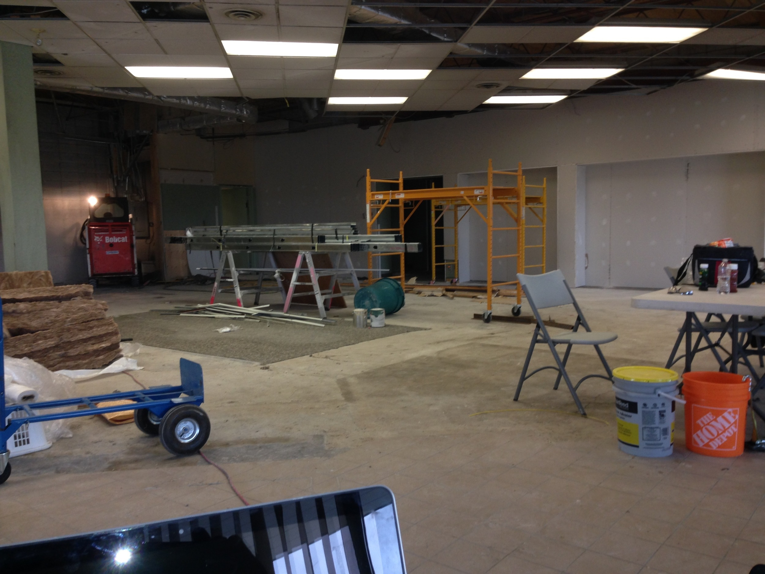 WS05  Warehouse & Shops - General Contractors Commercial Renovations in Edmonton, Office and Warehouse Project Contractors