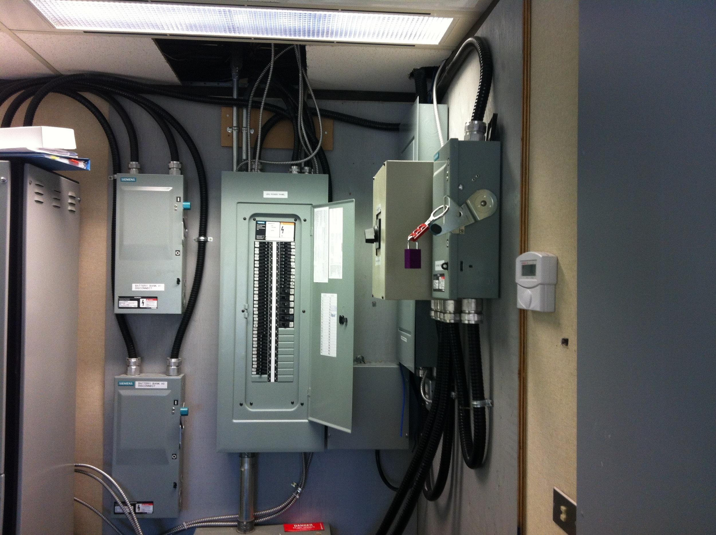 EL01  Electrical - General Contractors Commercial Renovations in Edmonton, Office and Warehouse Project Contractors