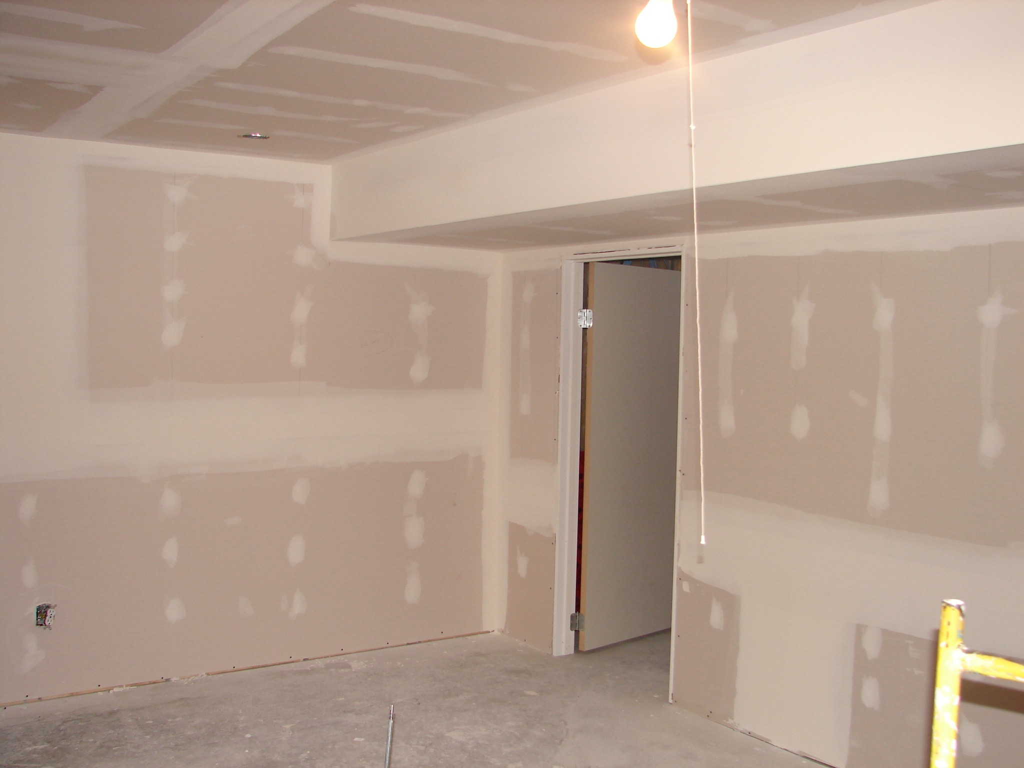 TF01  Taping & Framing - General Contractors Commercial Renovations in Edmonton, Office and Warehouse Project Contractors