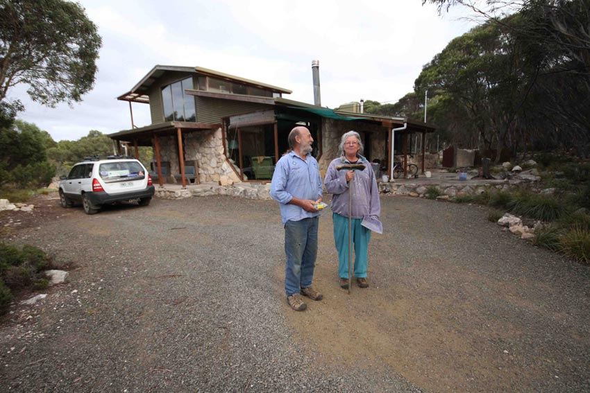 Liz and Scott, our amazing hosts on Kangaroo Island, SA
