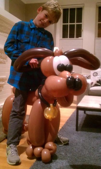 balloon-dog-boy.jpg