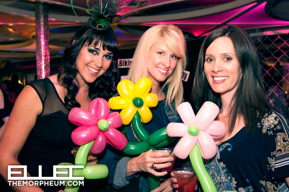 balloon-girls-flowers.jpg