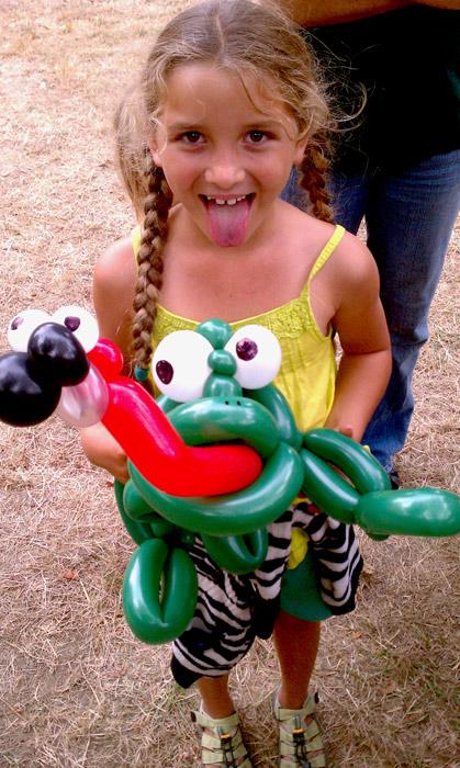 balloon-girl-frog.jpg