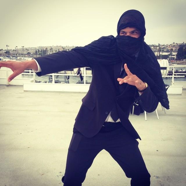 Go Ninja!   #stealthmode #mingointhedance #sandiegobay #deadlyaccurate