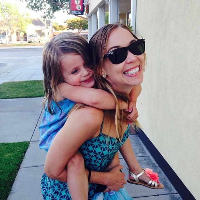 Love my little niece Vivi❤️  #hugs #family #girlsrule