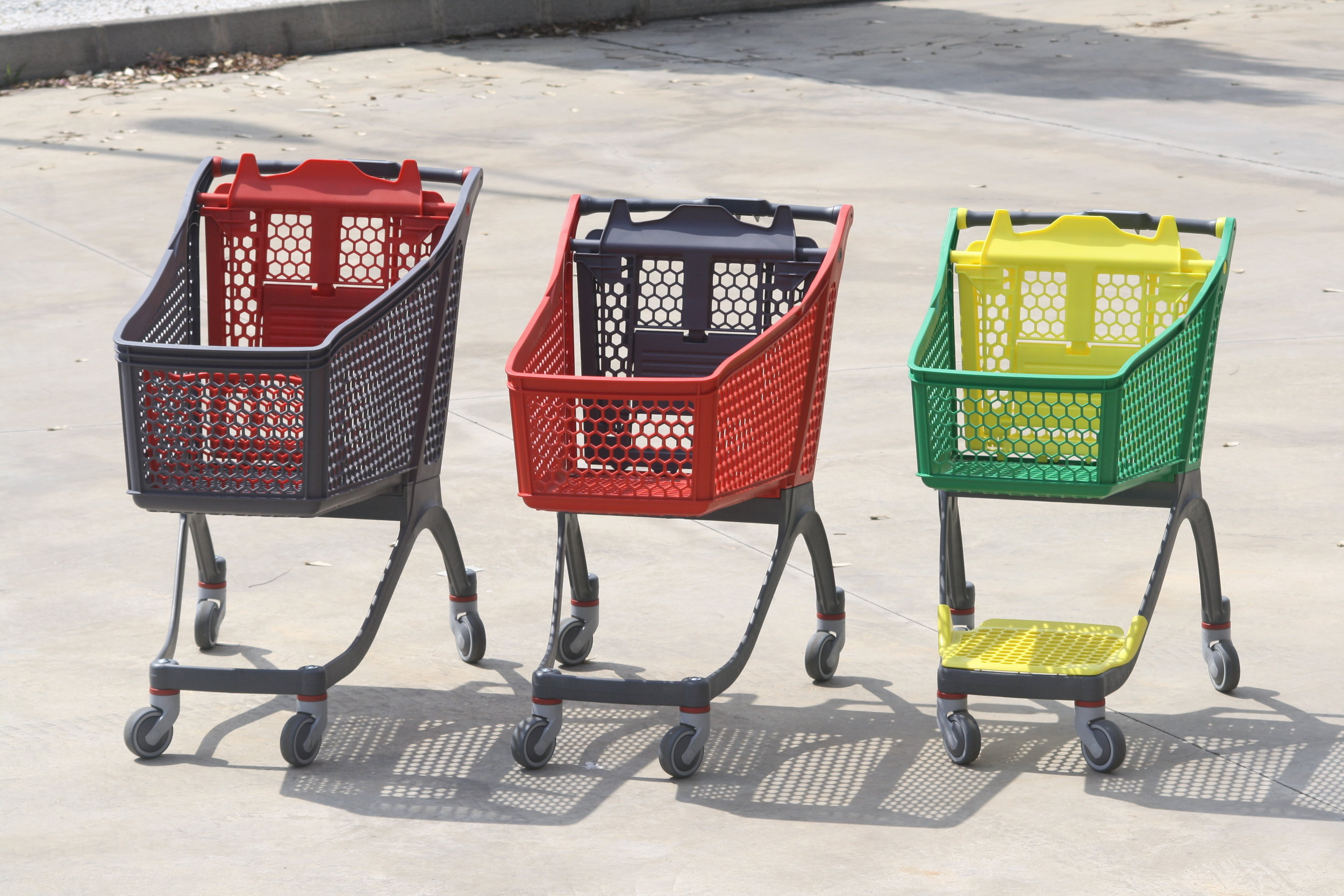 """Shopping Carts"" by Polycart is licensed under Creative Commons"