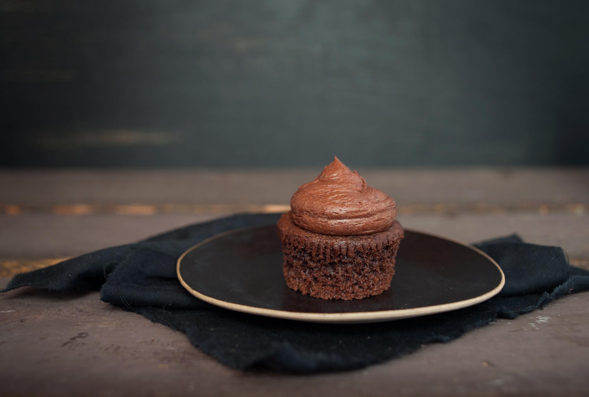 ChocolateCupcakes_food_photography_4.jpg