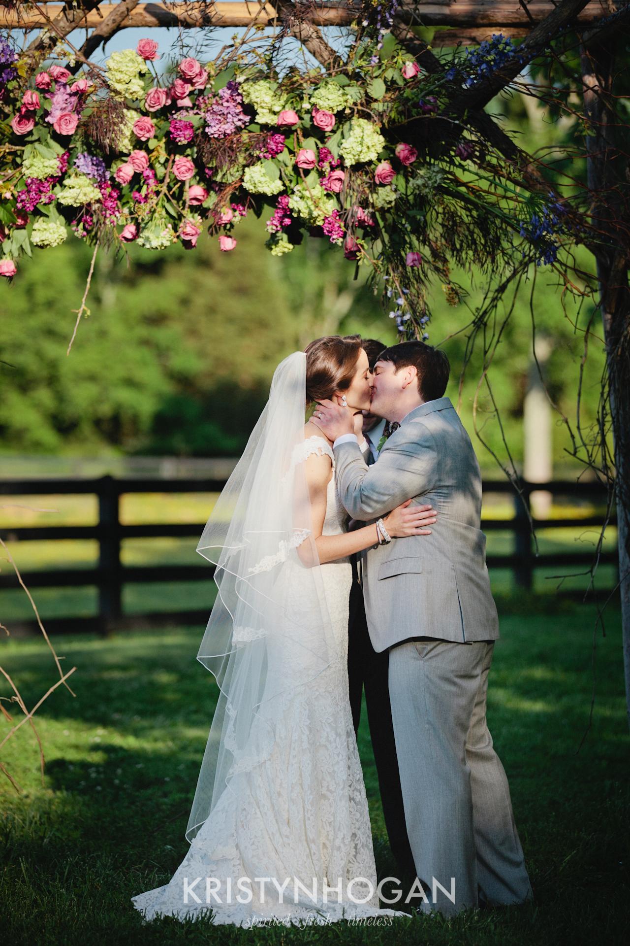 Nashville_Wedding_Photographer_Kristyn_Hogan_Samples_309.jpg