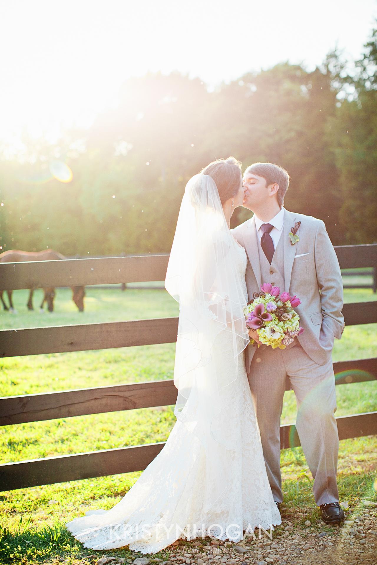 Nashville_Wedding_Photographer_Kristyn_Hogan_Samples_357.jpg