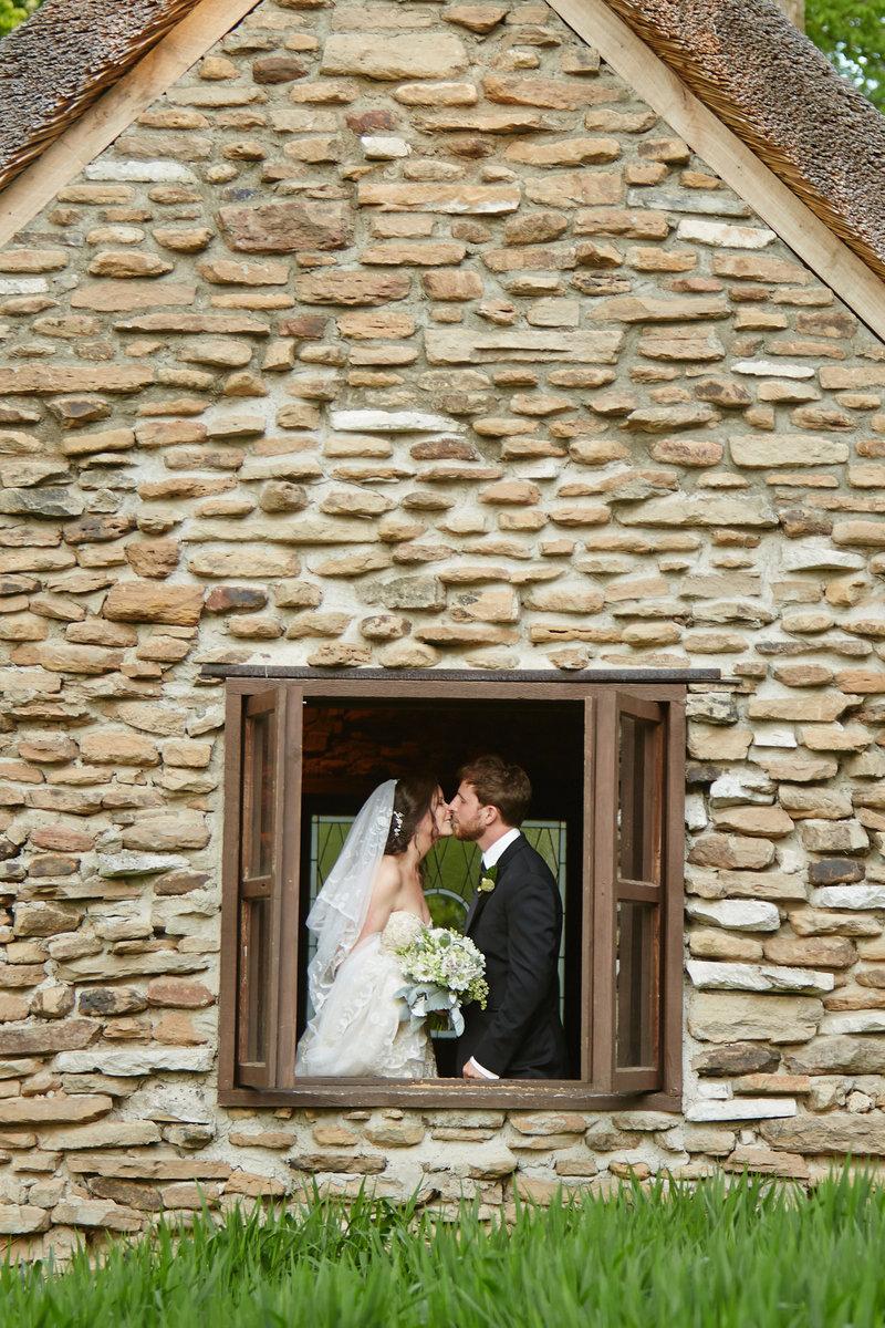 Bride and Groom-0040.jpg