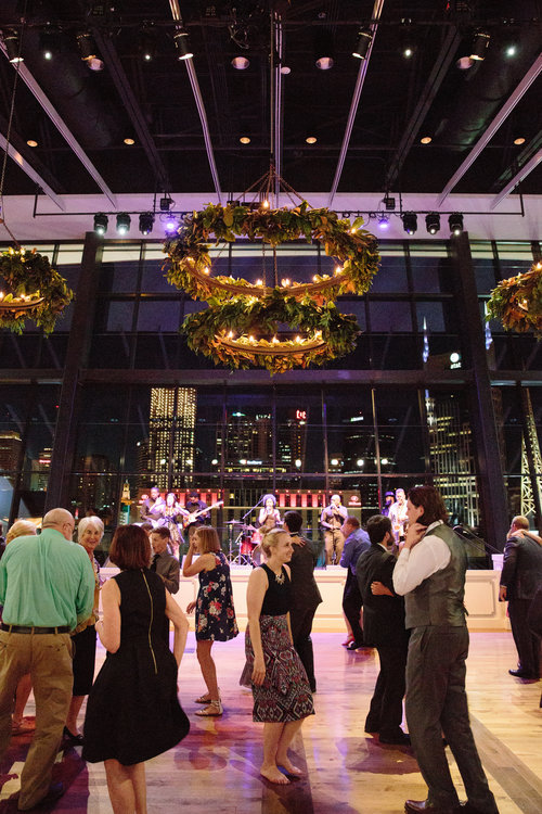 The guests dancing at the Ralls wedding reception at the Country Music Hall of Fame. Wedding planning & design by Big Events Wedding.