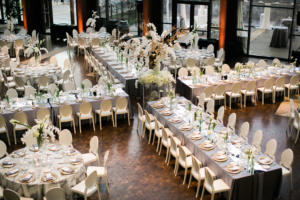 Wedding at the Country Music Hall of Fame in Nashville, TN. Wedding planning & design by Big Events Wedding.