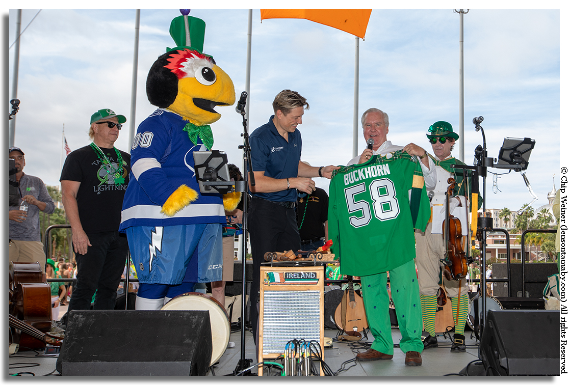 Mayor Bob Buckhorn was given an honorary Lightning jersey in commemoration of his last Mayor's River O'Green Fest.jpg