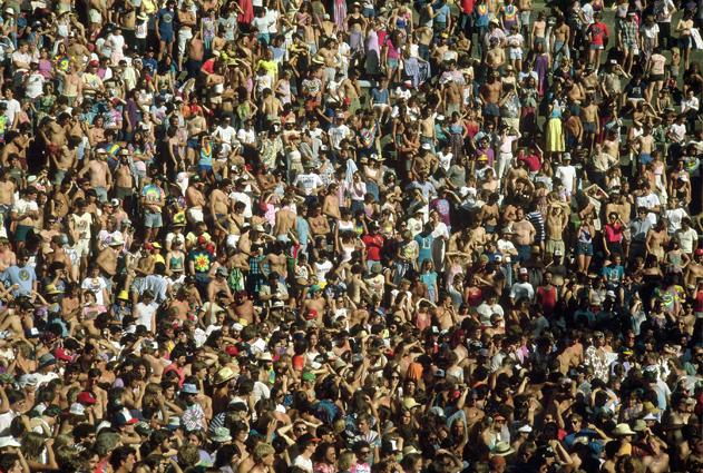 GD crowd.jpg