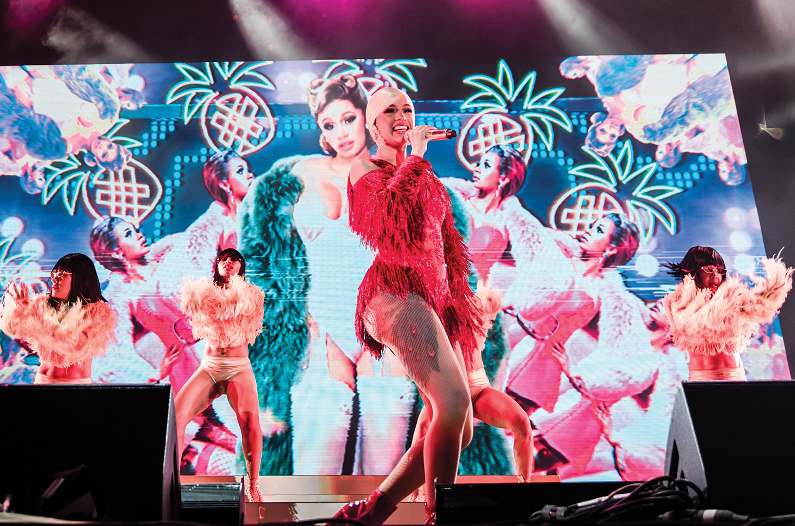 Justin Agoncillo @justnjames  Cardi B performed at the new Banc of California Stadium in Los Angeles during the 2018 Rolling Loud festival.