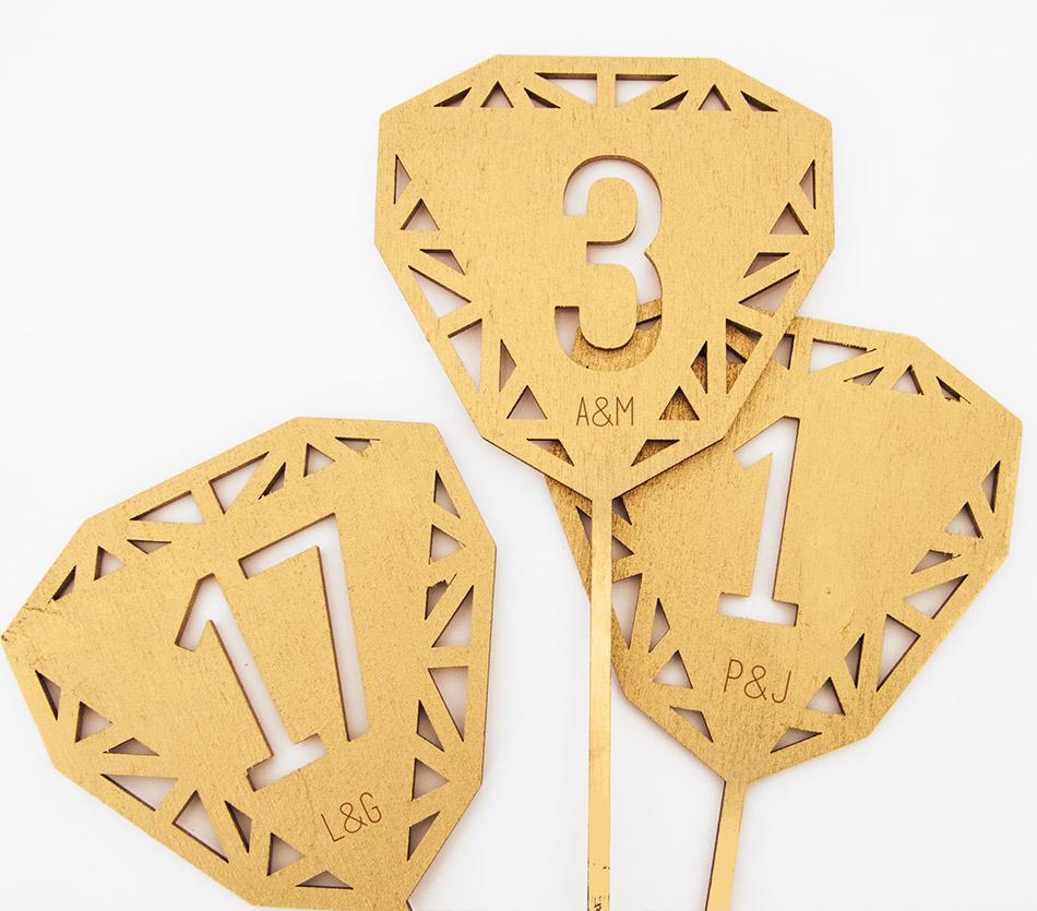 numéro table - décoration table - mariage buffet anniversaire repas - bois - personnalisable