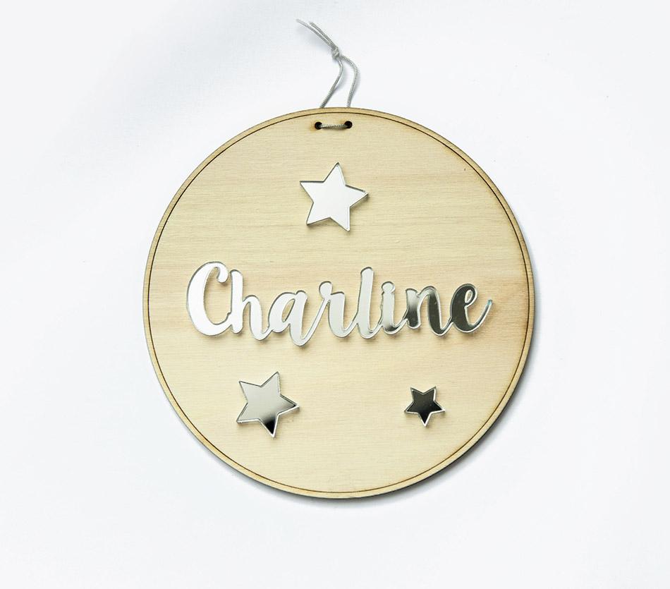 BABYNAME_pancarte-plaque-personnalisable-prenom-enfant-bebe-cadeau-naissance-bois-plexi-01.jpg