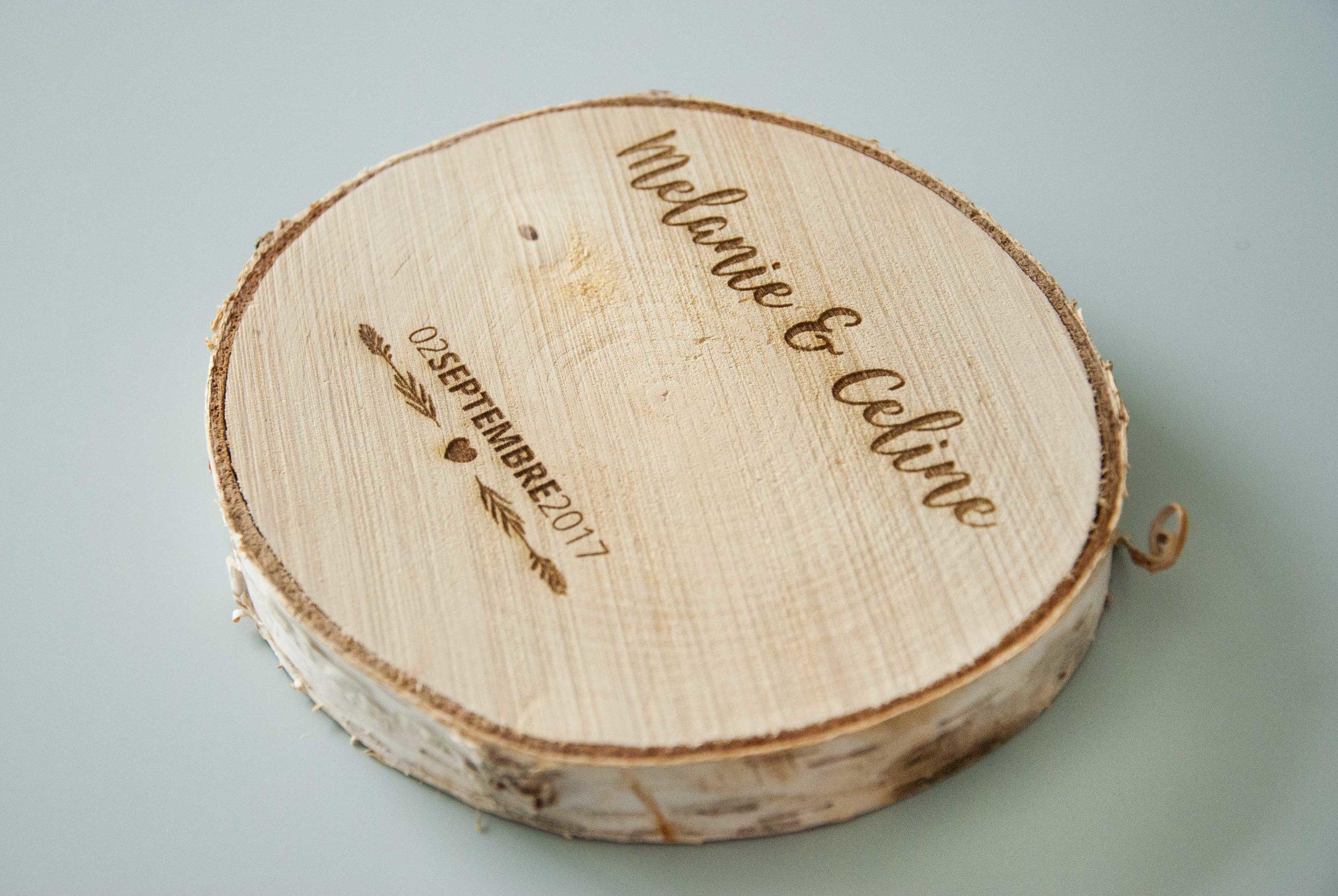 Porte-alliance en rondin de bois, personnalisé