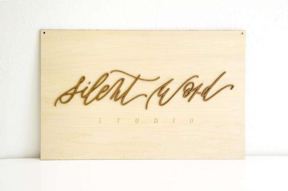Logo en bois sur-mesure