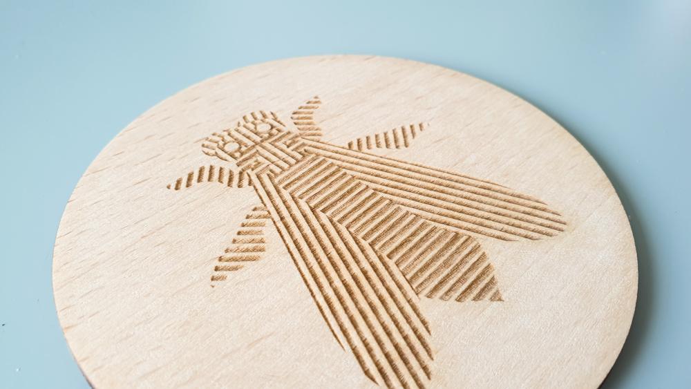 gravure de logo en bois sur-mesure