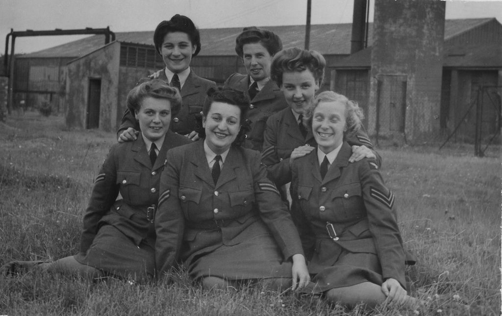 Members of the British Women's Auxiliary Air Force.    The Secrets of Radar Museum, Jan Bates Collection