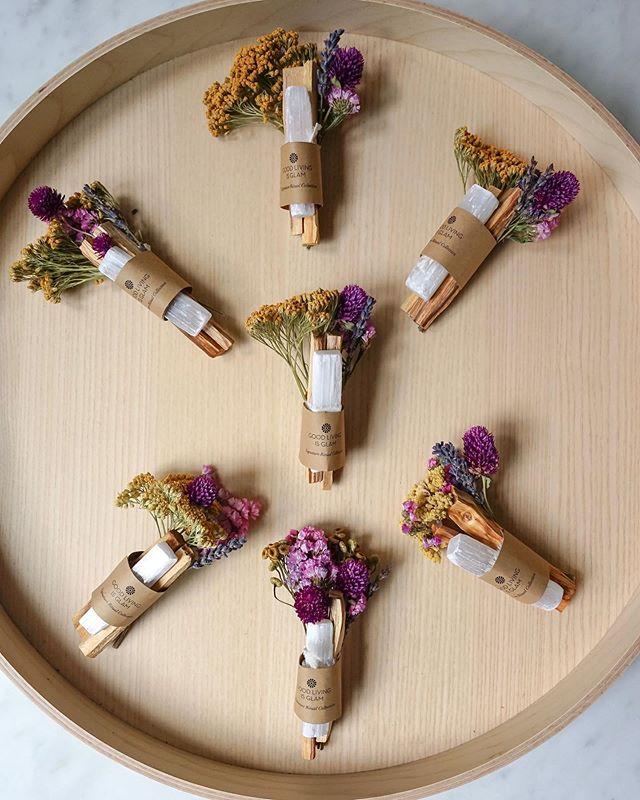 Preparation underway for tomorrow's new moon. 💜 ⠀⠀⠀⠀⠀⠀⠀⠀⠀ ⠀⠀⠀⠀⠀⠀⠀⠀⠀ ⠀⠀⠀⠀⠀⠀⠀⠀⠀ ⠀⠀⠀⠀⠀⠀⠀⠀⠀ #smudging #smudged #smudgesticks #sagesmudges #sagesmudgesticks #rituals #healthyliving #meditation #mindfulness #anthropologie #freepeople #urbanoutfitters #abccarpetandhome #breathe #spiritual #yoga #giftideas #weddinggifts #bridal #bridalshower #brides #mindbody #myhome #healthandwellness #bride #morningslikethese #iamwellandgood #highvibes #palosanto #incense