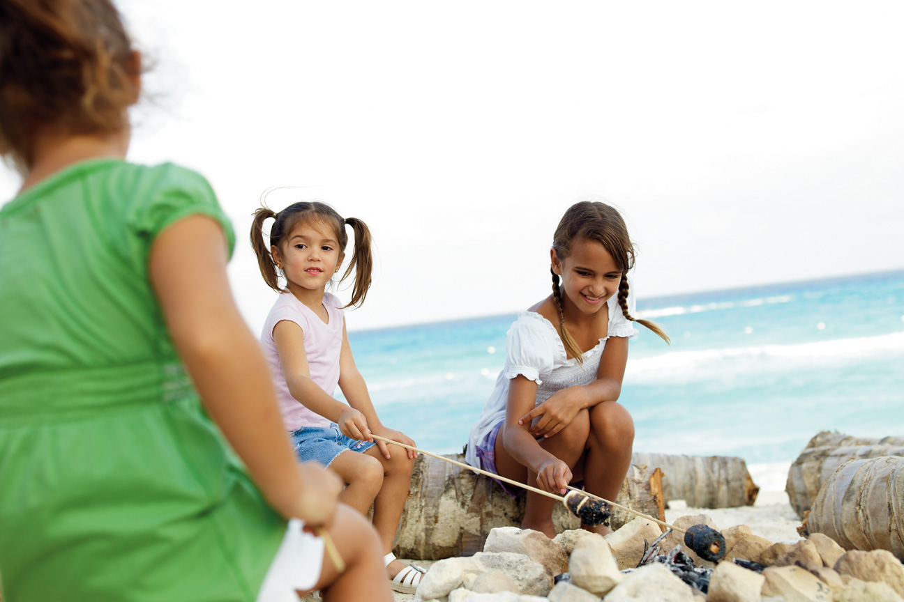 Children_Making_Smores_Campfire_Beach_Cancun.jpg