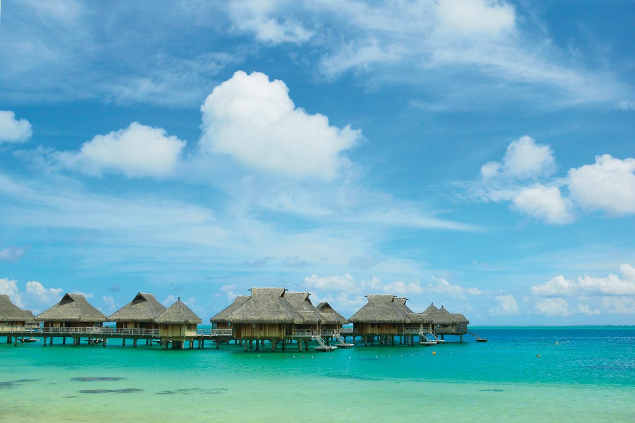 Bora_BoraOverwater_Bungalow_Luxury_Resort.jpg