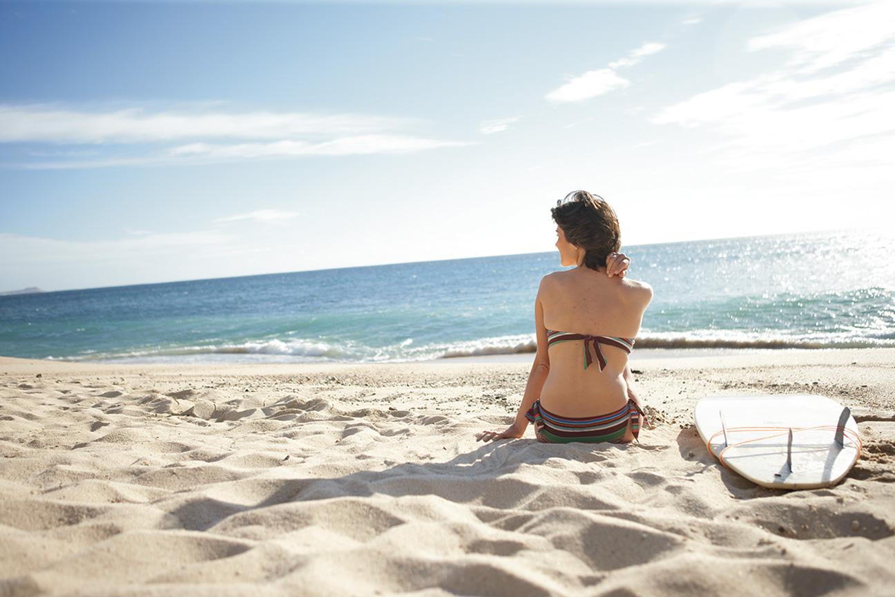 Relax_Beach_Cabo_Mexico_Surfboard.jpg