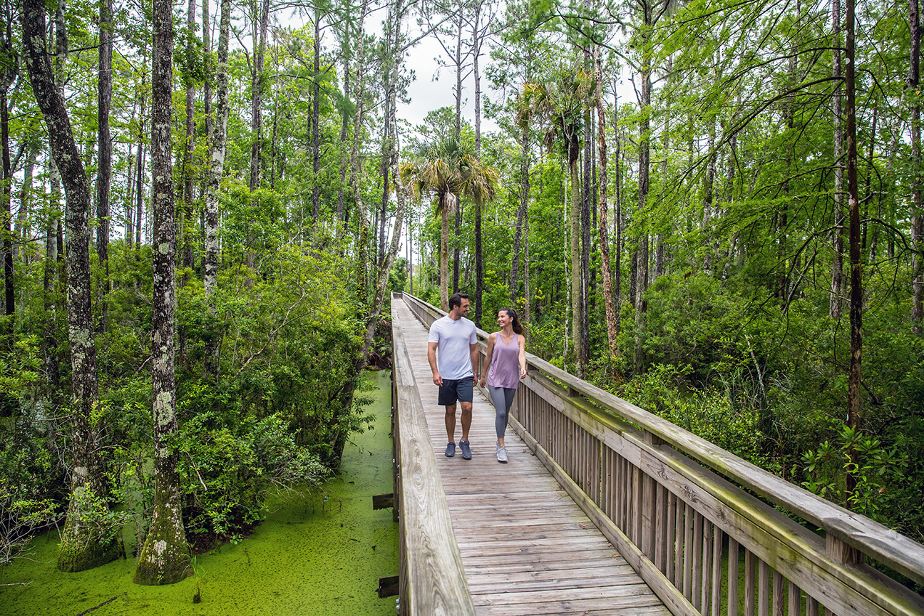 TollBrothers_Lifestyle_18-05-30_751_Shot-2-Boardwalk-Alcove-R.jpg