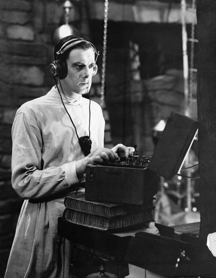 Halloween Frankenstein Typewriter (713D).jpg