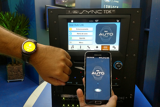 ford-e-samsung-sync-app-gear-auto-link.png