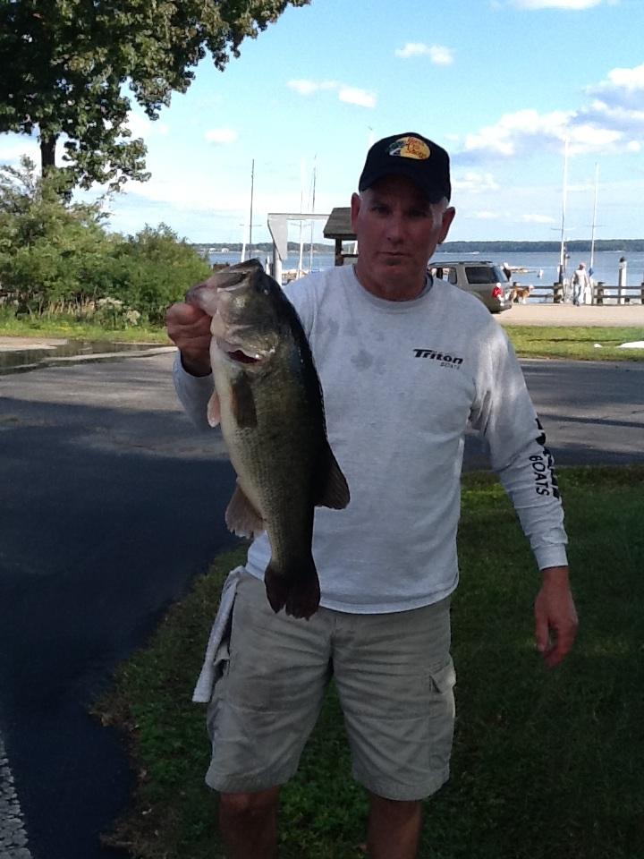 John Thompson Third Place 13.44 lbs and Big Fish 5.76 lbs