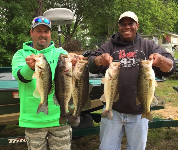 Melvin Bowling and Scott Falls Second Place 13.73 lbs