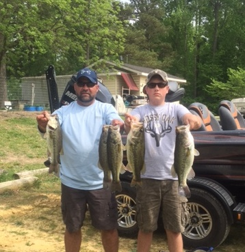Bryan and Ryan Connelly Fourth Place 15.20 lbs