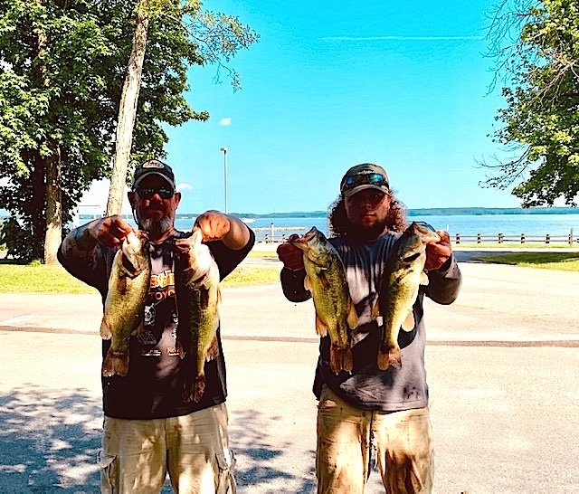 Shaun Alkire and Hunter Christy Third Place 14.11 lbs