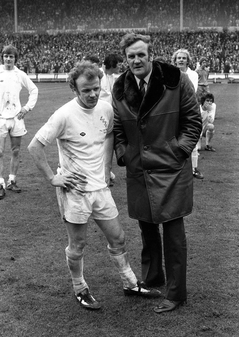stylo matchmakers don revie and billy bremner leeds fc captain