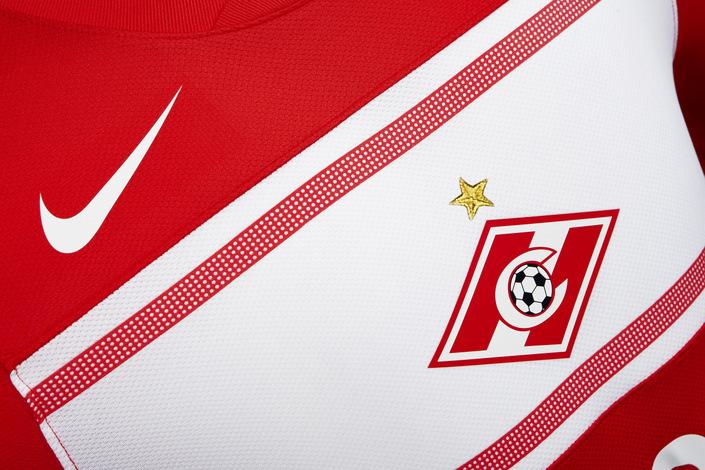 nike_shirt_spartak_dt_club-logo_copy_12179.jpg