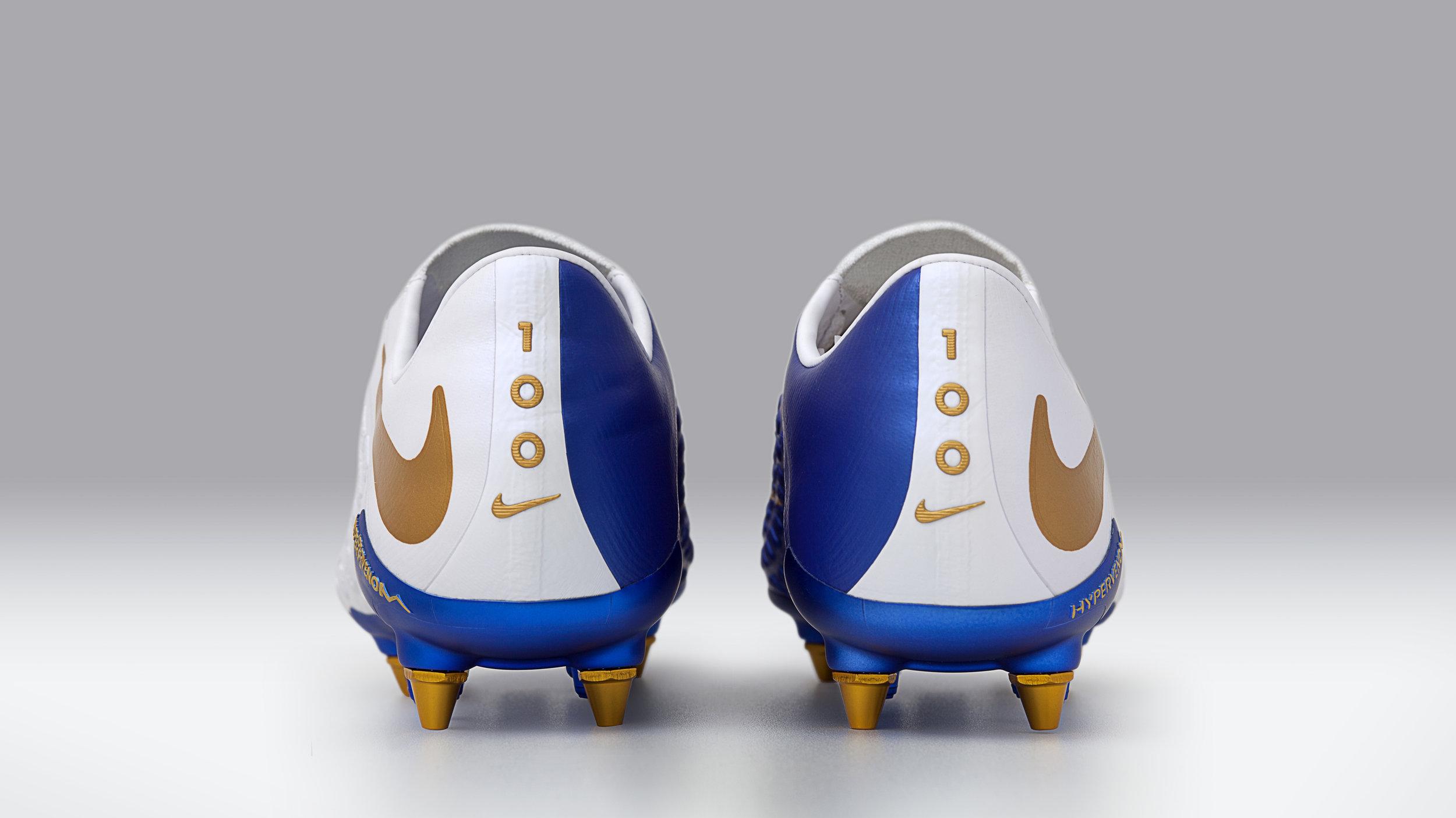Nike_Hypervenom_HK_3_-_1_77211.jpg