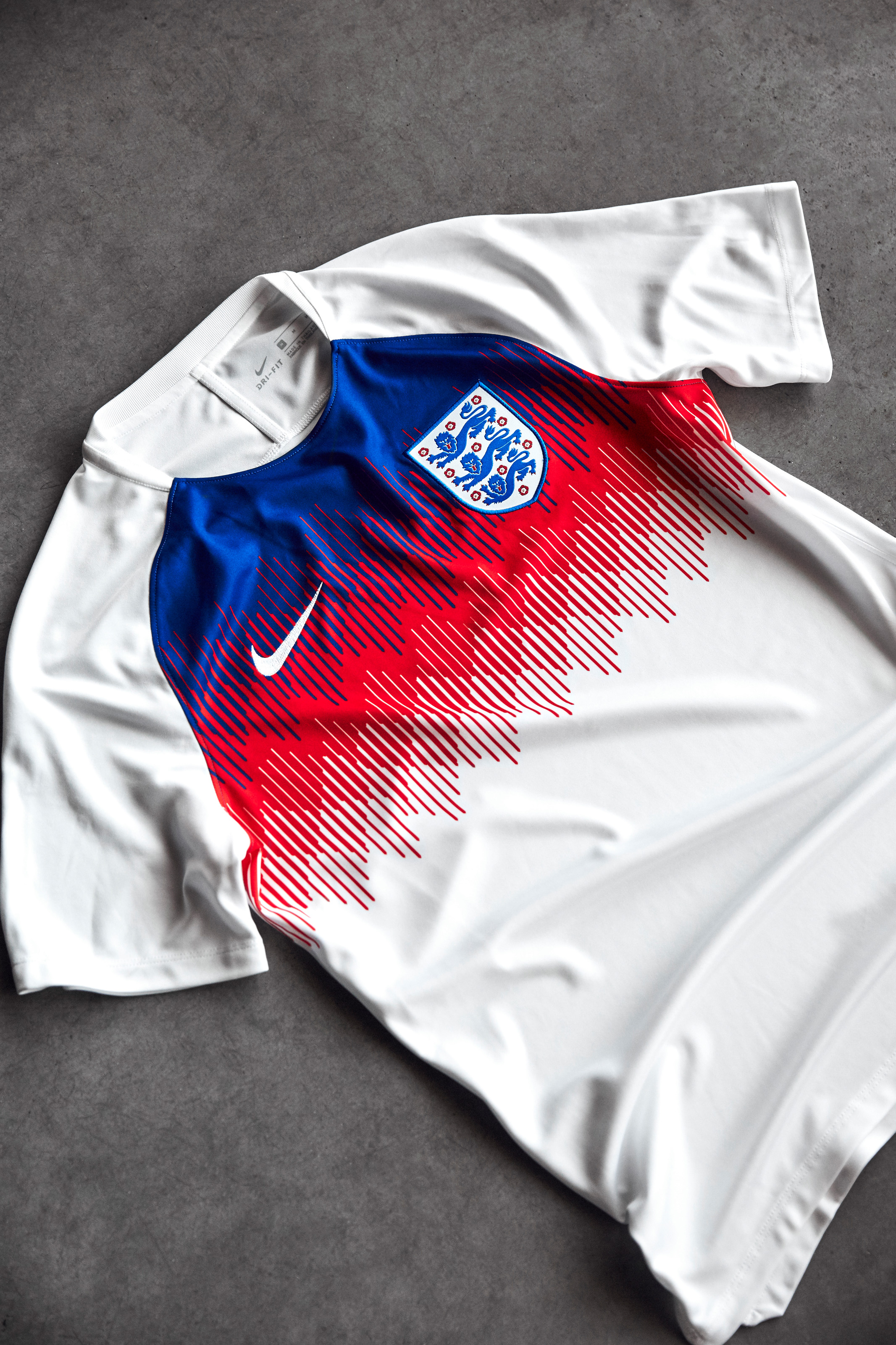 Nike-News-Football-Soccer-England-National-Team-Kit-8_77379.JPG
