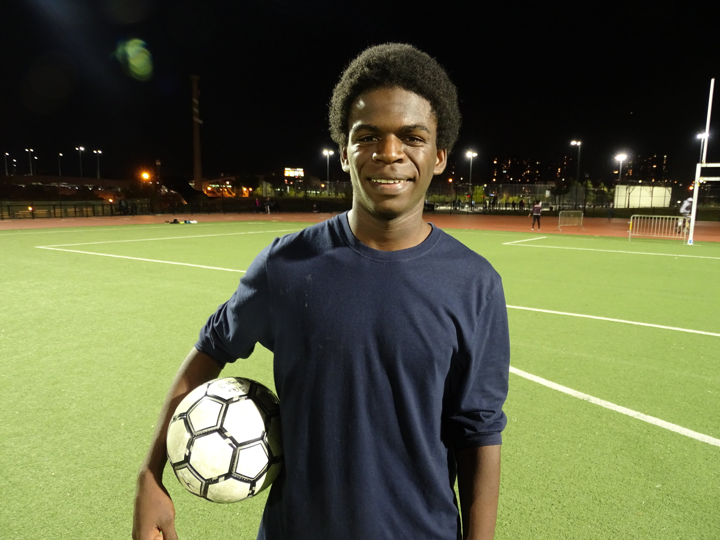 A few years after his life-changing experience crossing into the U.S. on top of a cargo train, Axel, 15, a native of Honduras and a new member of the U16 team, hopes South Bronx United can help him fulfill his fútbol aspirations. Kervy Robles for After the Final Whistle.