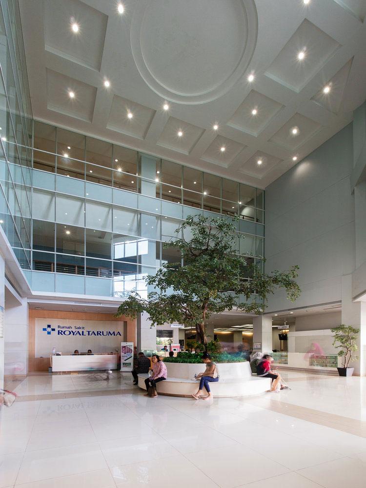 Royal-Taruma-Hospital-Lobby.jpg