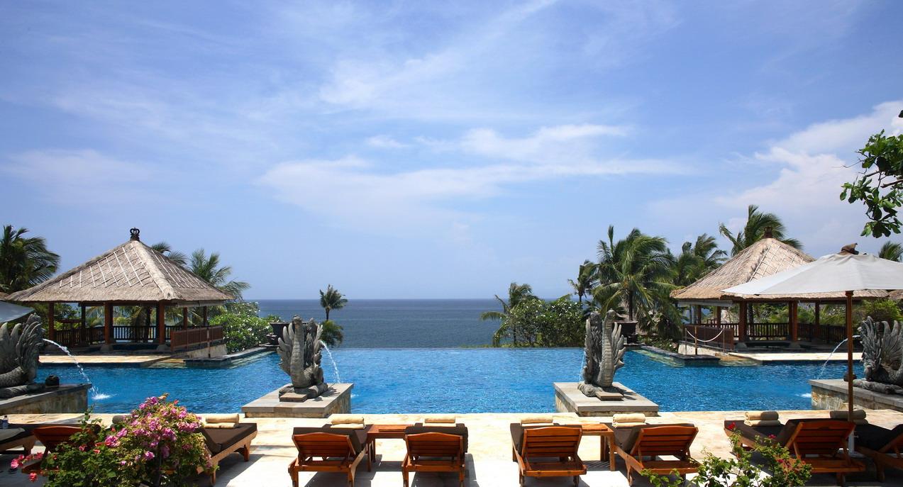 ayana-resort-and-spa-bali-main-pool.jpg