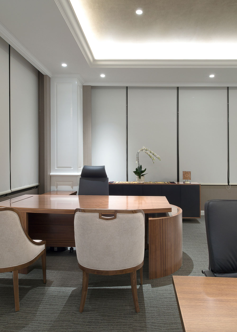 Financial-Director's-Room2.jpg