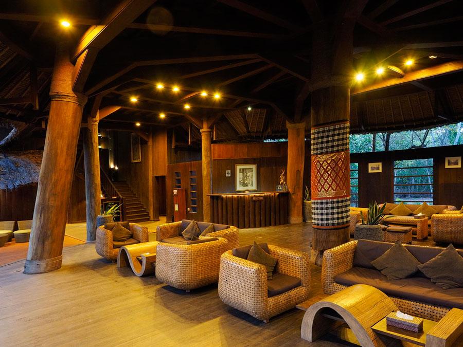 Menjangan-Resort-Bali-Tower-Reception-Area.jpg