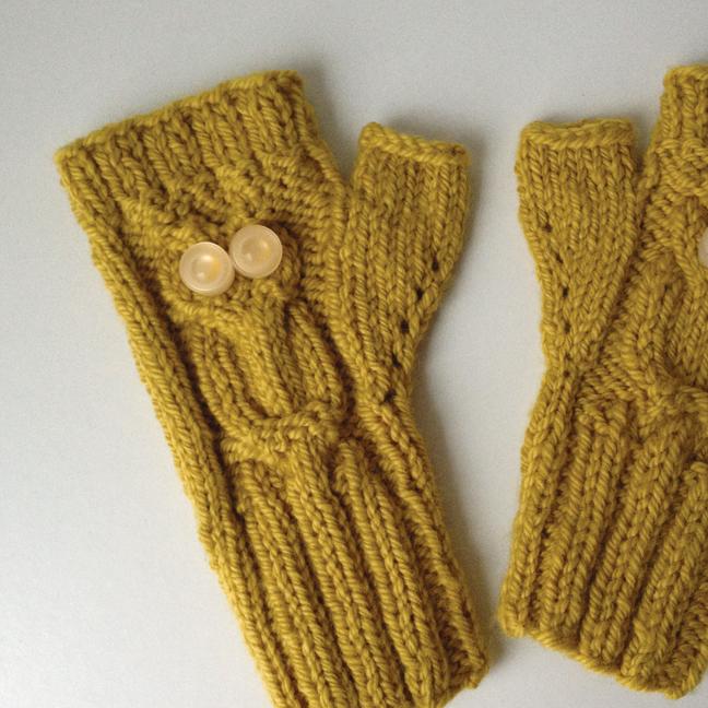 knitted-owl-gloves-2.jpg